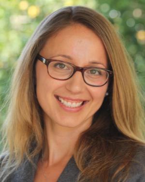 Photo of Lisa Leombruni